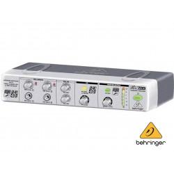 Processador de Efeitos MIX800 - Behringer